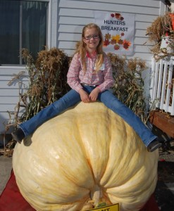 giant pumpkin girl